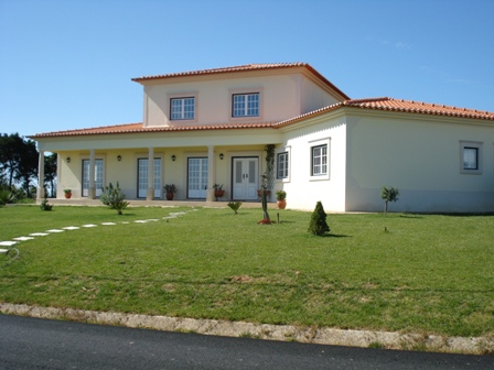 Imobiliário - Vendas - Casas - Portugal Silver Coast - Wonderful Villa with stunning views – countryside and Lagoon near Obidos - ID 4782