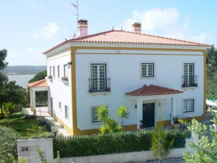 Imobiliário - Vendas -  Moradias - Portugal Silver Coast - Nice traditional villa with lagoon views near Obidos - ID 5550
