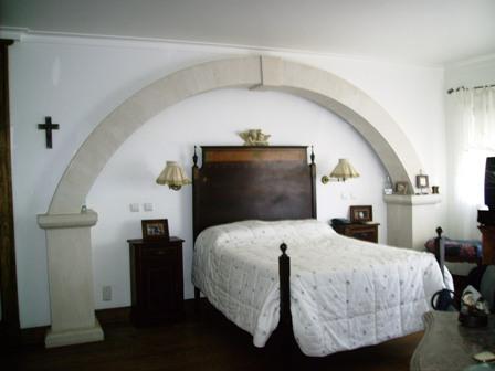 Imobiliário - Vendas -  Moradias - Huge Villa with Lagoon Views near Obidos - Portugal Real Estate - ID 5549