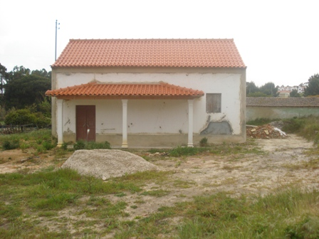 Imobiliário - Vendas - Casas - Portugal Silver Coast - Traditional Portuguese house to refurbish next to foz do Arelho - ID 4709