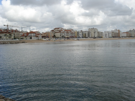 Imobiliário - Vendas -Terrenos - Silver Coast Portugal - Great plot for development next to S. Martinho do Porto - ID 6500