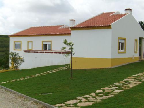 Imobiliário - Vendas - Casas - Beautiful private house,3 bedrooms - ID 4701