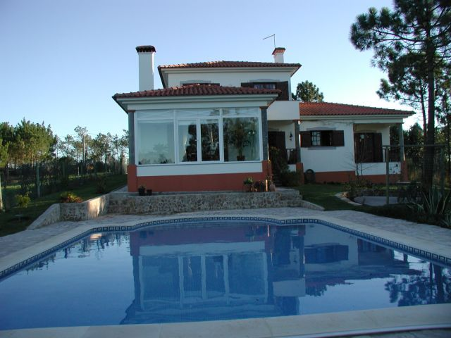 Imobiliário - Vendas - Casas - Contemporary Villa in Golf course - Silver Coast Portugal - ID 4523
