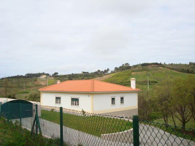 Imobiliário - Vendas - Casas - Large Villa with Fantastic Views - Silver Coast Portugal - ID 4636