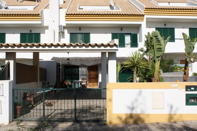 Imobiliário - Vendas - Casas - 3 Bedroom Town House Albufeira_ Distressed Sale - ID 4632