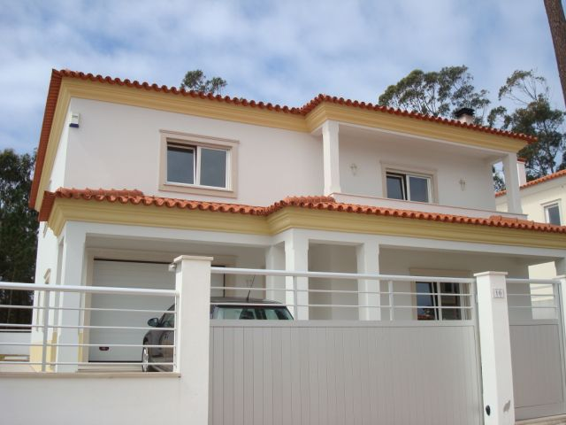 Imobiliário - Vendas - Casas - Real Estate Portugal - Beautiful 5 bed Villa with swimming pool - ID 4623