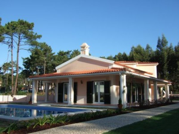 Imobiliário - Vendas -  Moradias - Luxury 6 bedroom Villa with swimmingpool - ID 5528