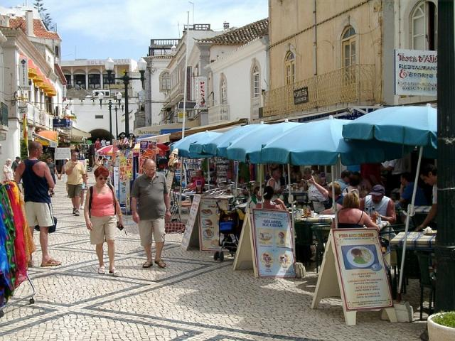 Albufeira - Real Estate - Sales - Offices & Shops & Commercial - Shop For sale/trespasse Down Town Albufeira - ID 6666