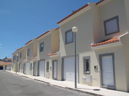 Imobiliário - Vendas - Casas - Portugal Silver Coast - Brand new townhouses close to the beach - ID 4600