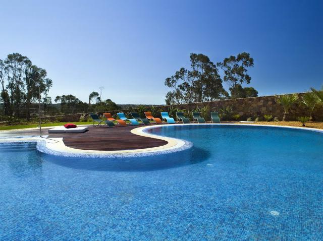 Imobiliário - Vendas - Casas - Portugal Real Esttate - 3 Bedroom Bungalow in a peaceful near Alcobaca - ID 5610