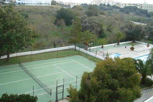 Imobiliário - Vendas - Apartamentos - Guesthouse 'Borboleta no Monte' - ID 6881
