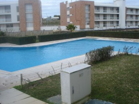 Imobiliário - Vendas - Apartamentos - Huge luxury 3 bedroom apartment in Sao Martinho do Porto within a gated community with pool - ID 5868