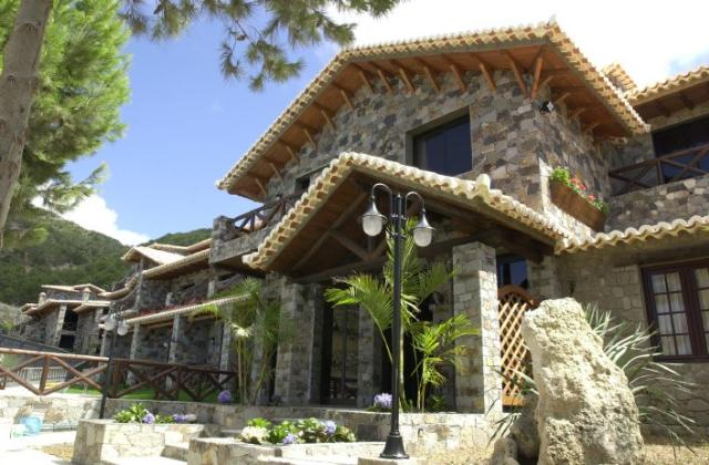 hotel zum verkauf in porto santo madeira lsa5640. Black Bedroom Furniture Sets. Home Design Ideas
