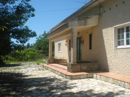 Imobiliário - Vendas - Casas - Portugal Real Estate - Good opportunity – Rustic house on the Silver Coast - ID 4521