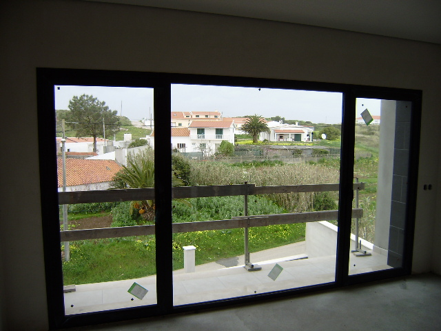 Imobiliário - Vendas - Casas - Portugal Silver Coast - 3 bedroom apartment in Praia del Rey golf resort - ID 6185