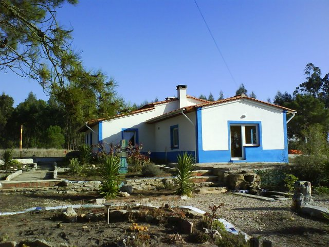 Salir do Porto - Real Estate - Sales - Houses - Detached rustic house near São Martinho do Porto - ID 4472