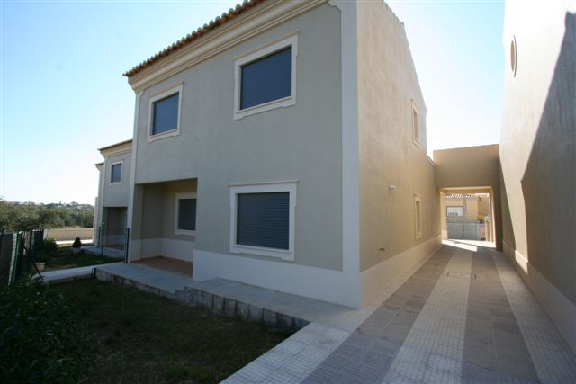 Property_for_sale_in_Loul�_LDO6151
