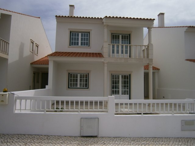 Real Estate_for_sale_in_Sao Martinho do Porto_LBA6324