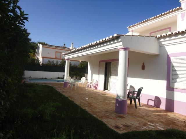 Villa_for_sale_in_Albufeira_SMA6359