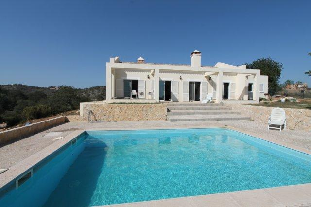 Villa_for_sale_in_Faro Aiport _LDO6411