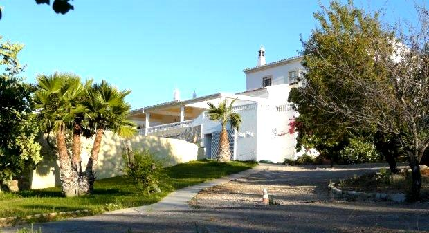 Villa_for_sale_in_Loule_LDO6713