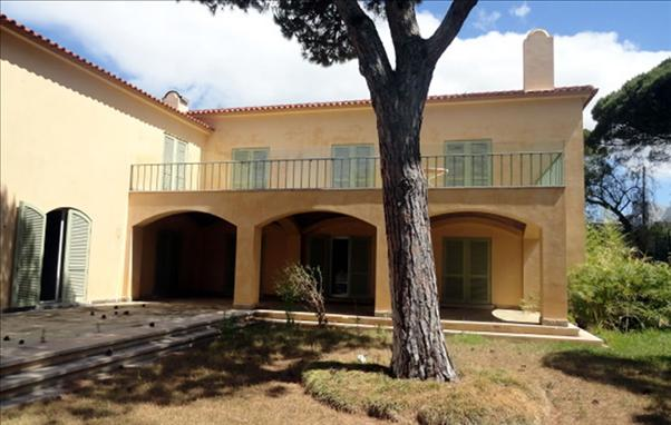 Villa_for_sale_in_Cascais_FLO6714