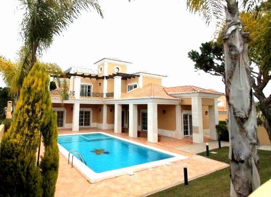 Villa_for_sale_in_Vilamoura_LDO6739