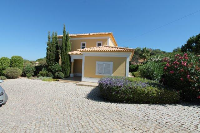 Villa_for_sale_in_Loule_LDO6742