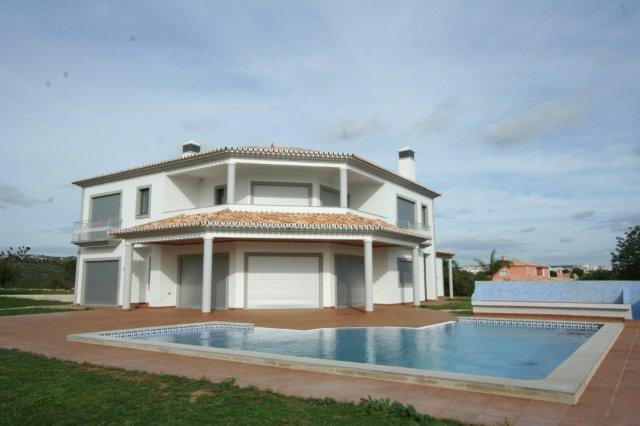 Villa_for_sale_in_Loule_LDO6761
