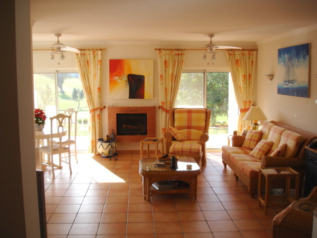 Imobiliário - Vendas - Propriedades no Golfe - Beautiful 5 Bed Farm in Paradisiacal Location - Silver Coast Portugal - ID 4723