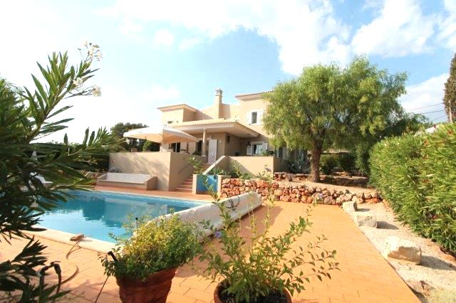 Villa_for_sale_in_Loule_LDO6918