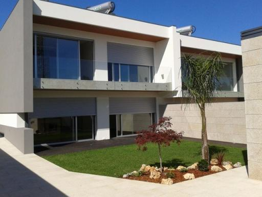 Home_for_sale_in_Espinho_SMA6919
