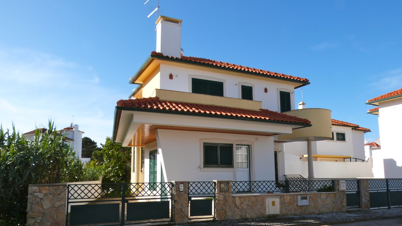 Villa_for_sale_in_Nazare_LBA6998