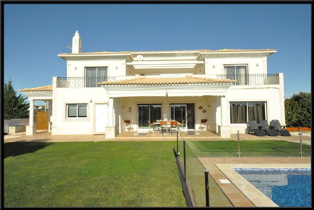 Villa_for_sale_in_Albufeira_SMA7034