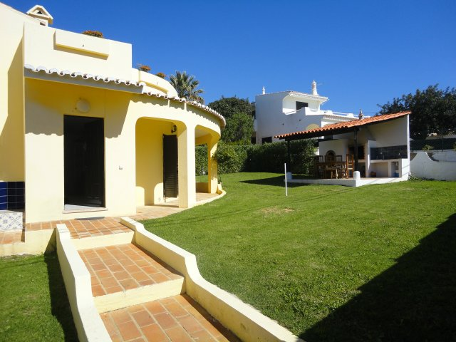 Villa_for_sale_in_Albufeira_SMA7239