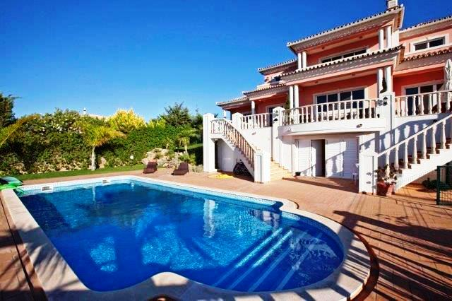 Villa_for_sale_in_Quarteira_LDO7440