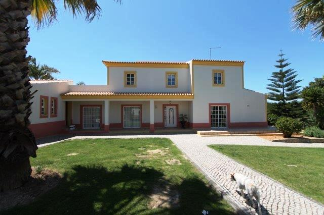 Villa_for_sale_in_Almancil_LDO7449