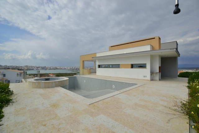 Villa_for_sale_in_na_FLO7460