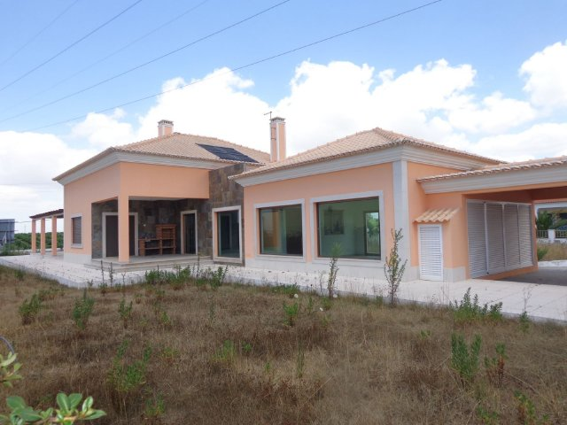 Villa_for_sale_in_na_FLO7559