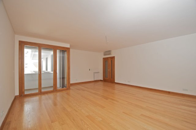 Condominium_for_sale_in_Loures_SMA7605