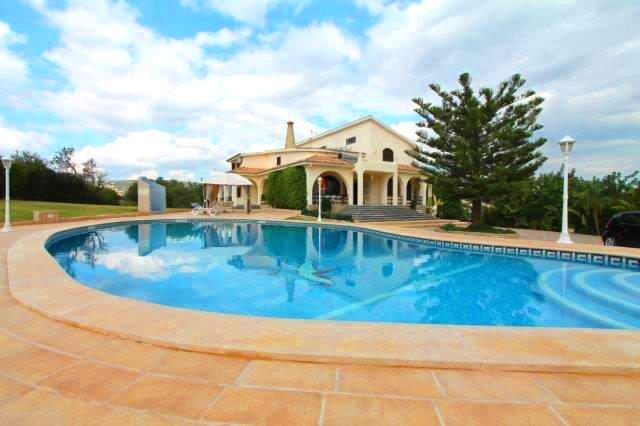 Villa_for_sale_in_Loule_LDO7701