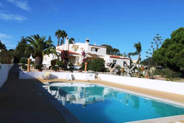 Bed & Breakfast_te_koop_in_Carvoeiro_LDO7739
