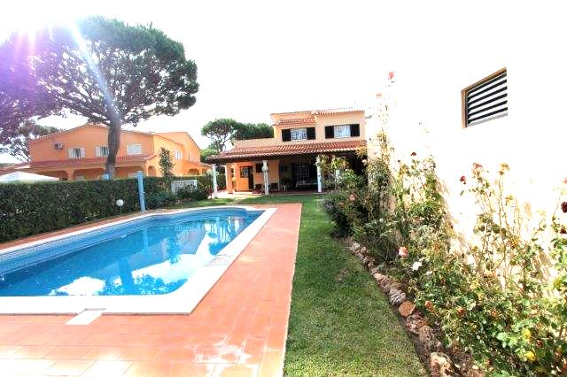 Maison / Villa_en_vente_�_Quarteira_LDO7743