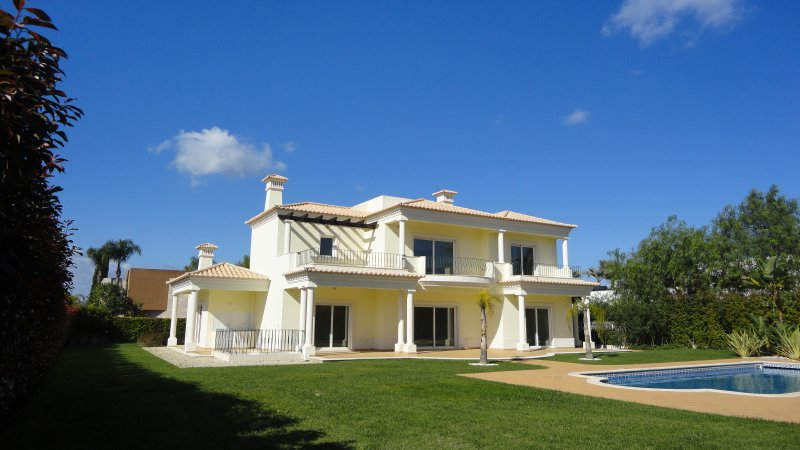 Villa_for_sale_in_Vilamoura_SMA7771
