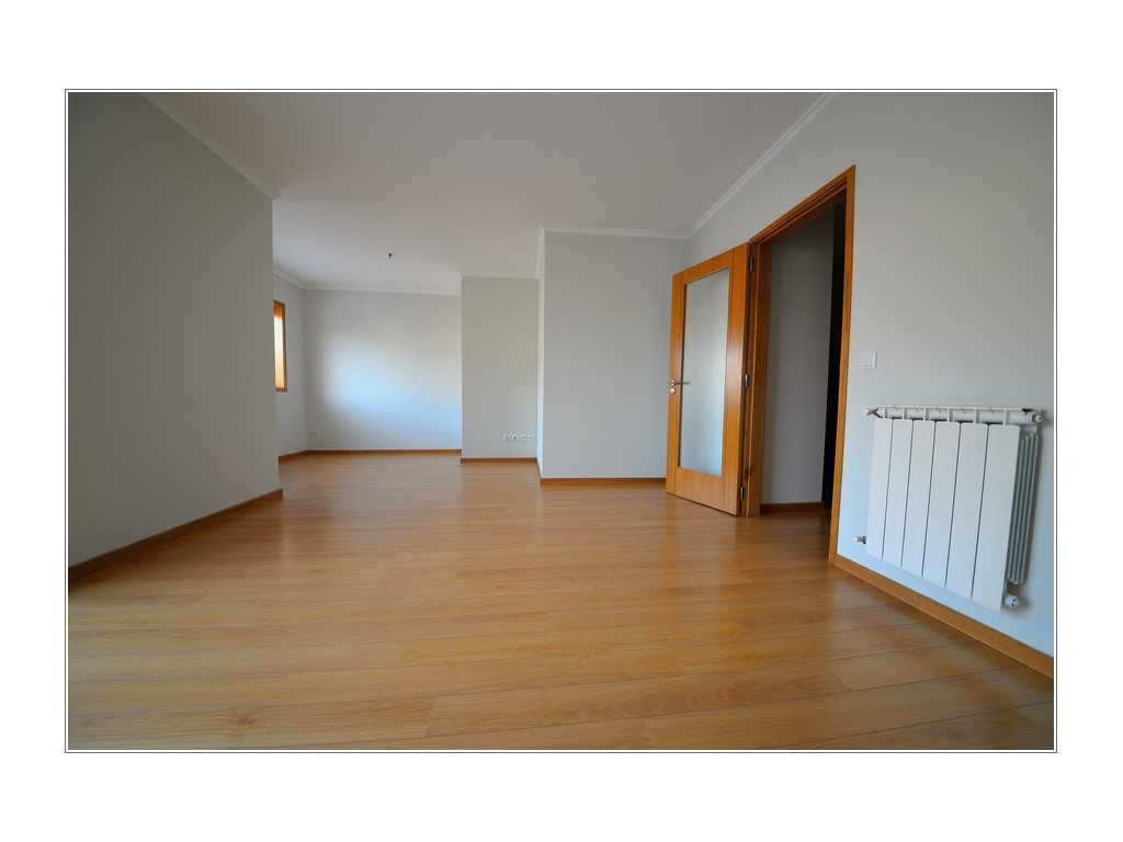 Condominium_for_sale_in_Porto_PSE8001