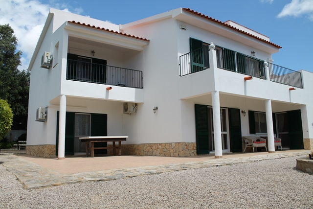 Villa_for_sale_in_Almancil_lfi8004
