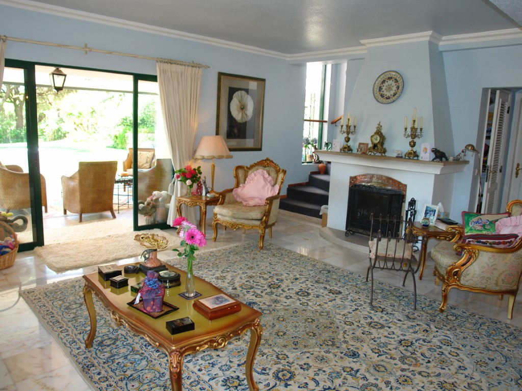 haus zum verkauf in almancil algarve 8141. Black Bedroom Furniture Sets. Home Design Ideas