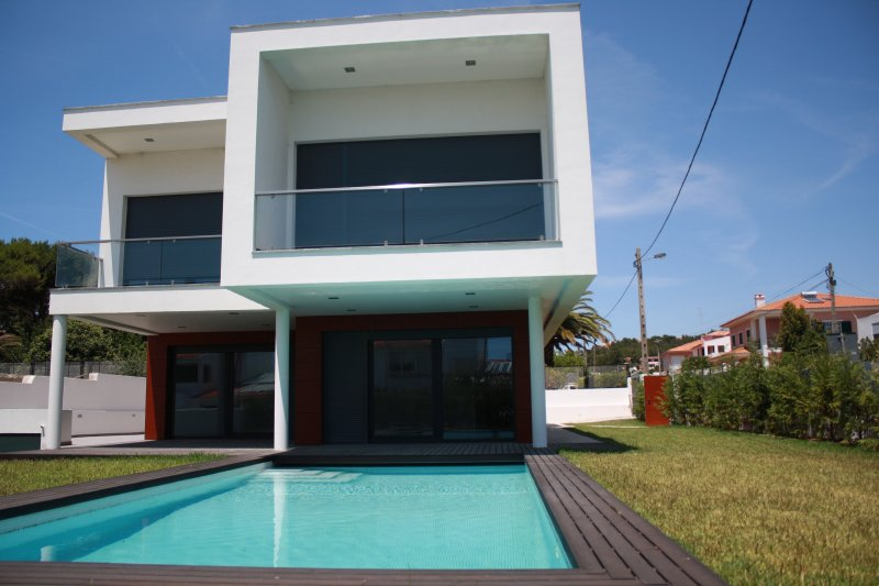Villa_for_sale_in_Cascais_SLI8194