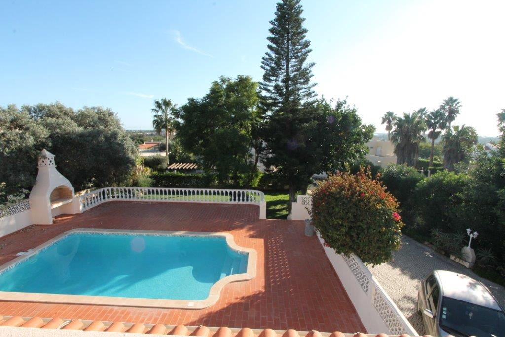 Villa_for_sale_in_Almancil_LDO8397