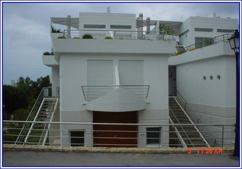 Imobiliário - Vendas - Propriedades no Golfe - Two Bedroom With Studio Apartment Close to Beach - ID 6313